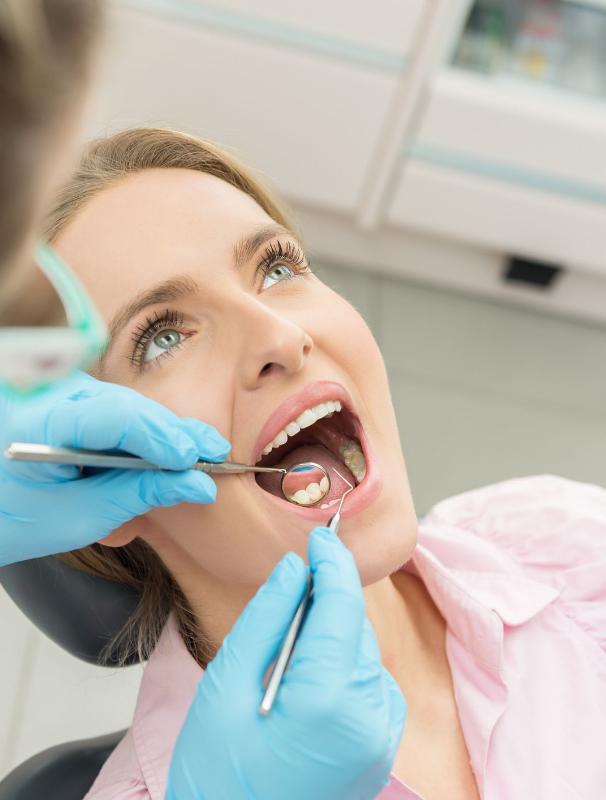 albire dentara la Premium Dental
