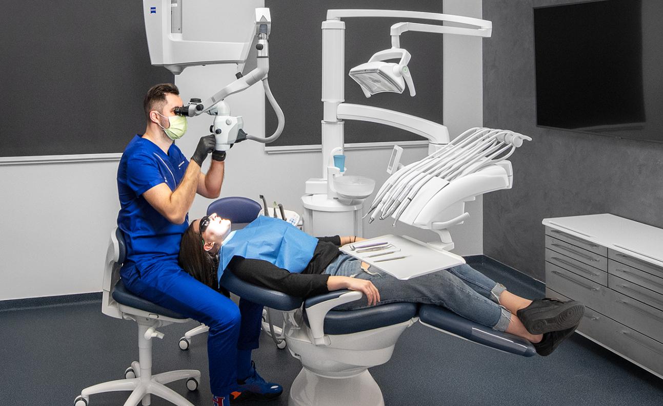 anestezie digitala in clinica Premium Dental