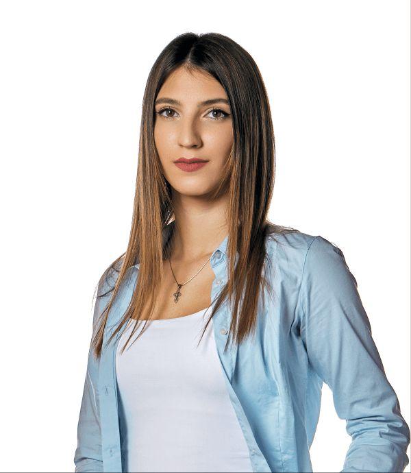 Alexandra Silaghi @ Premium Dental